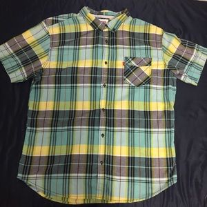Levi Strauss and Co. Short Sleeve XXL Checkered